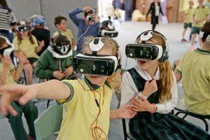 Atlas VR: российский образовательный проект на базе виртуальной реальности»