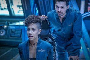 Джефф Безос объявил, что Amazon продолжит съёмку сериала «Пространство»»